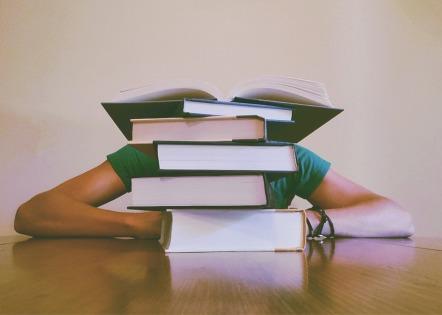 books-927394_960_720